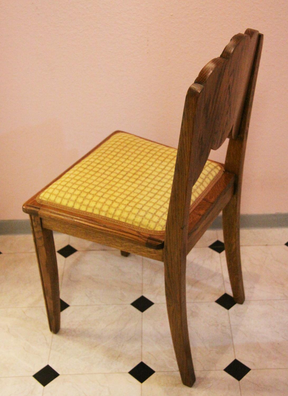 t31a. 6 er Satz Stühle.