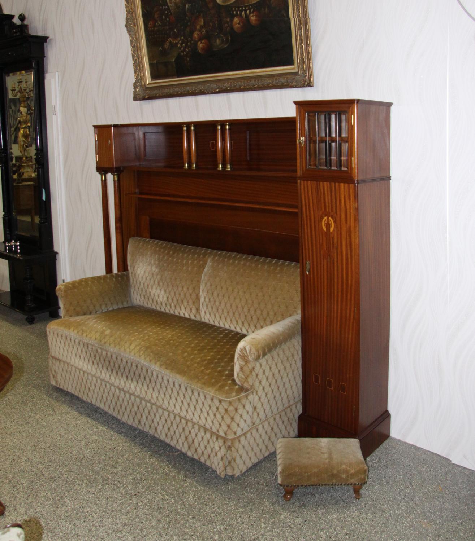 sm11c, Grosses Sofa.